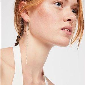 Free people asymmetric earring nwt
